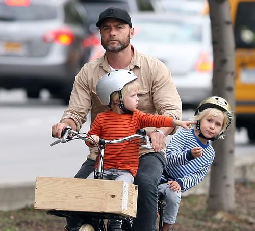 Cute Daddy Alert! Liev Schreiber Takes His Boys For A Bike Ride (Photos)