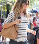 Gisele Bundchen Shows Off Her Baby Bump While Out to Lunch