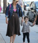 Sarah Michelle Gellar was seen picking up and dropping off her daughter, Charlotte Prinze, in Beverly Hills, California on September 14, 2012