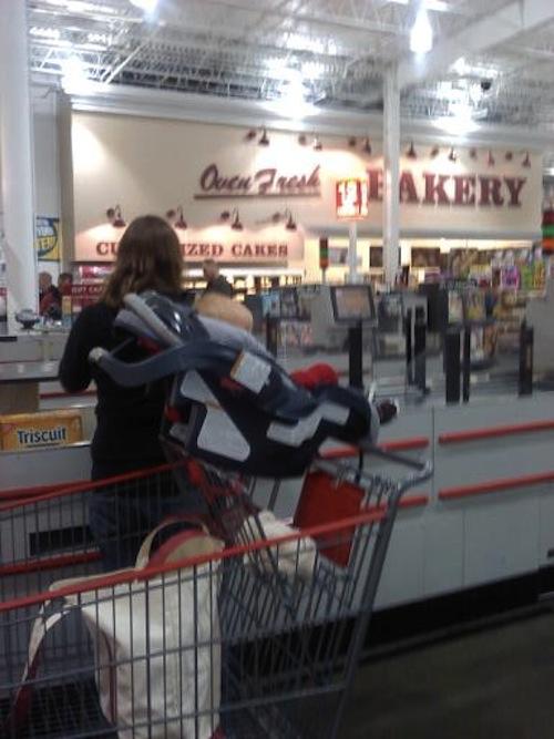 Car Seats On Shopping Carts: A Big No No | Celeb Baby Laundry