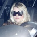 jessica-simpson-at-the-gym-losing-weight