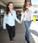 Kate Beckinsale arrives at LAX in Los Angeles, CA with her director husband, Len Wisemen and daughter, Lily on September 1st, 2012.