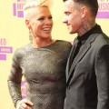 Pink & Carey Hart at the 2012 MTV Video Music Awards at Staples Center on September 6, 2012 in Los Angeles, California.