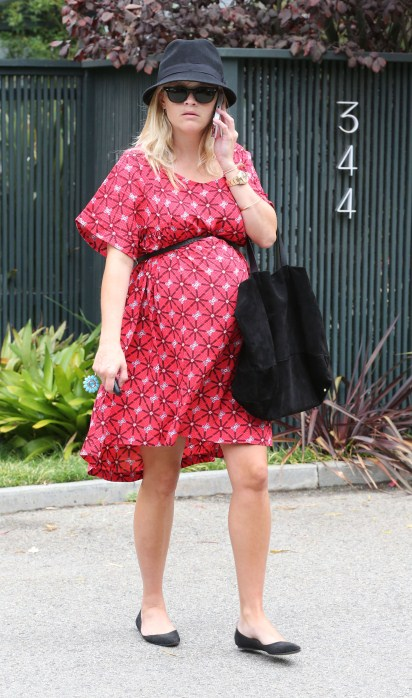 Reese Witherspoon out and about in Brentwood, CA on September 11th, 2012.