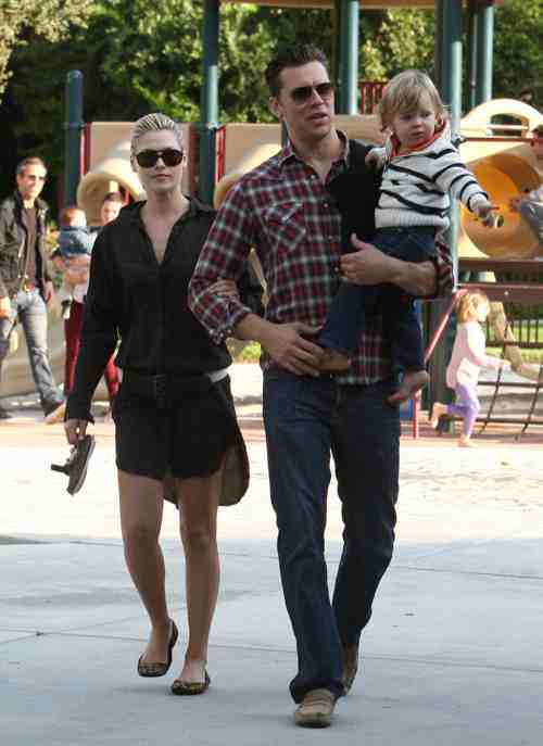 Ali Larter & Hayes MacArthur Enjoy A Family Day