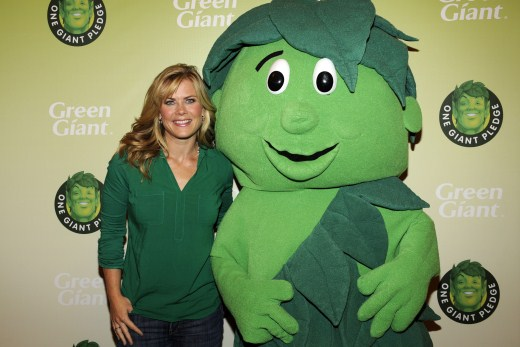 CBL Exclusive Interview: Alison Sweeney Makes 'One Giant Pledge' To Get Families To Eat More Veggies