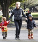 Amy Poehler drops off her boys Abel and Archie at school in Beverly Hills, CA on October 11, 2012
