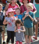 Carnie Wilson and her children, Lola and Luci Bonfiglio, cooled off with snow-cones at the West Hollywood Market in Los Angeles, California on October 7, 2012.