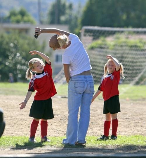Jennie Garth Is A Soccer Mom