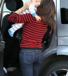 Jennifer Garner takes her son Samuel and daughter Seraphina to the Brentwood Country Mart on October 3, 2012 in Brentwood, California.