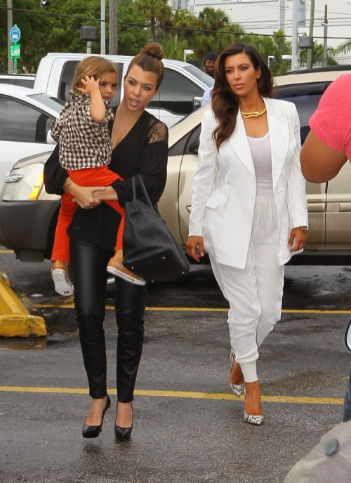 Kourtney Kardashian Grocery Shops With Mason