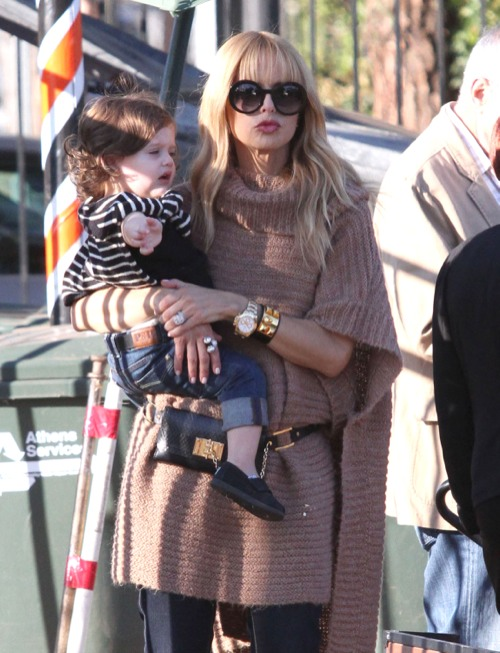Rachel Zoe Brings Style To The Pumpkin Patch
