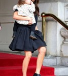 Victoria Beckham & Harper Go Shopping