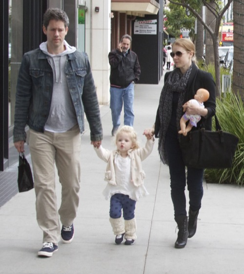 Amy Adams Enjoys A Family Day Out