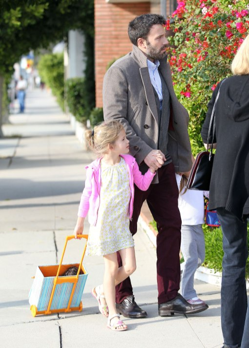 Cute Daddy Alert: Ben Affleck Takes His Girls To The Dentist