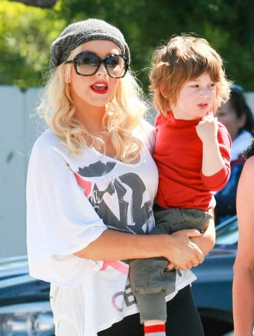 Christina Aguilera Picking Up Max From Preschool