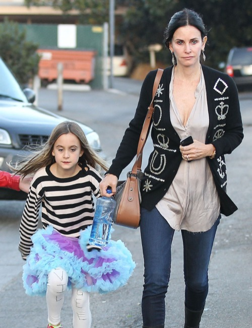 Courteney Cox & Coco Have A Halloween Mother-Daughter Day