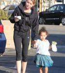 Ice Cream Date For Ellen Pompeo And Daughter Stella
