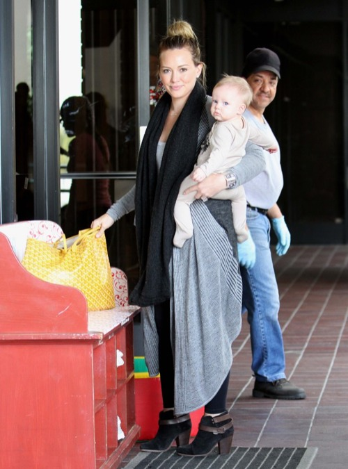 Hilary Duff Takes Luca To Baby & Me Class