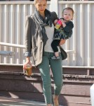 Jessica Alba And Family Out For Breakfast In West Hollywood