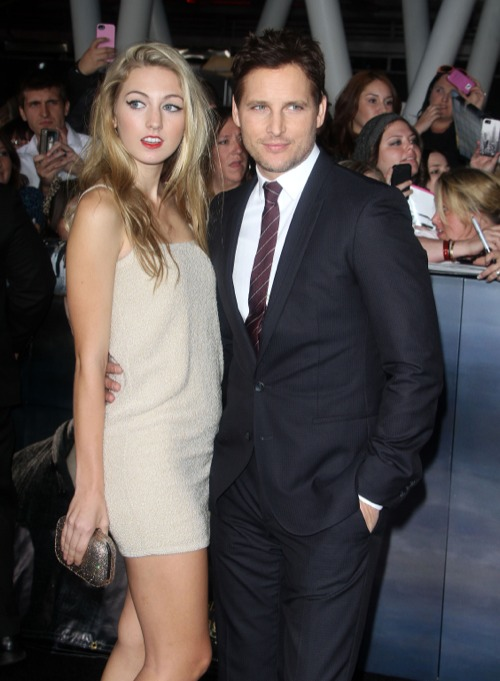 Peter Facinelli Takes Daughter Luca To The Twilight Saga: Breaking Dawn 2 Premiere