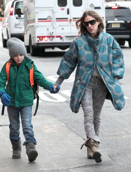 Sarah Jessica Parker Walks Her Kids To School