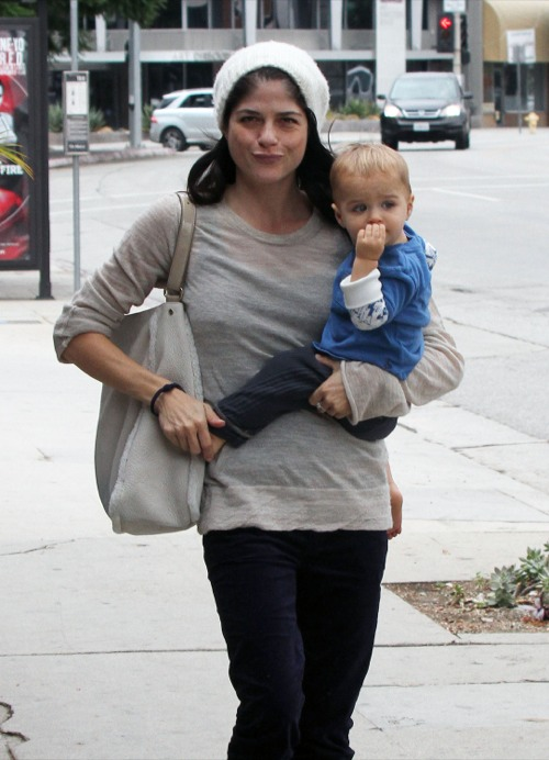 Selma Blair Runs Errands With Her Tot