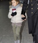 Jessica Alba And Daughter Honor Arriving In London