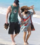 Channing Tatum & Jenna Dewan Enjoy A Stroll On The Beach