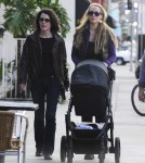 Elizabeth Berkley Dines At La Coversation With Her Family