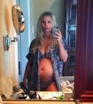 jessica-simpson-2nd-baby-bump-bikini
