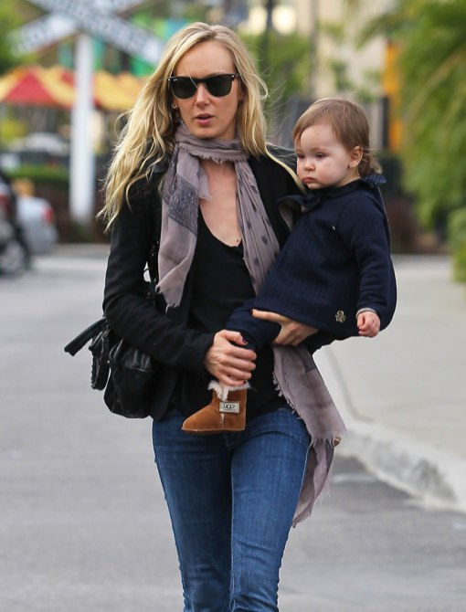 Kimberly Stewart Enjoys A Day Out With Delilah | Celeb ...