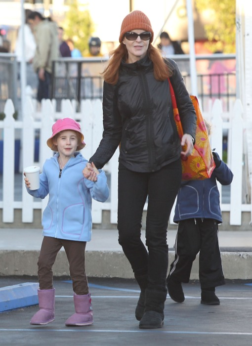Marcia Cross Skates The Day Away With Her Twins