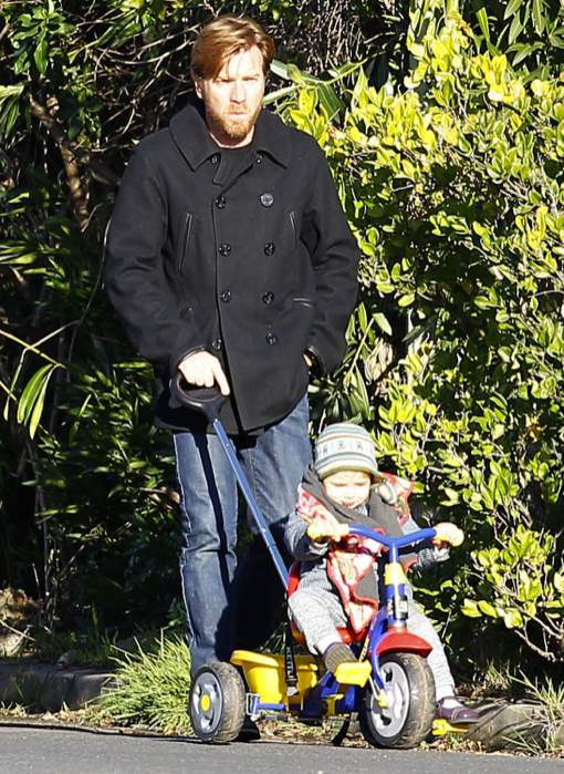 Exclusive... Ewan McGregor Takes Son Anouk Out For A Walk ... Ewan Mcgregor Daughter Anouk