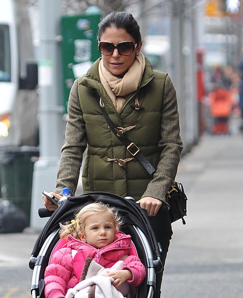 Bethenny Frankel And Her Daughter Bryn Strolling In NYC