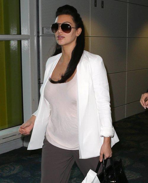 FFN_Kardashian_Kim_JGVEM_010613_50983448