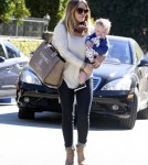 Visiting A Friend Is Just The Trip Hilary Duff And Son Luca Comrie Want To Make