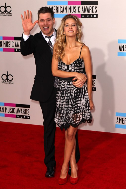 2010 American Music Awards- arrivals 1
