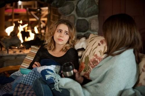 "Parenthood FINALE RECAP: Season 4 Episode 15 ""Because You're My Sister"""