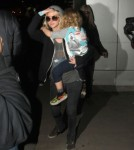 Ashlee Simpson & Bronx Return To Los Angeles