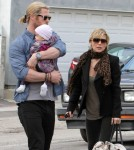 Chris Hemsworth & Elsa Pataky Take India Out For Lunch At Kreation Kafe