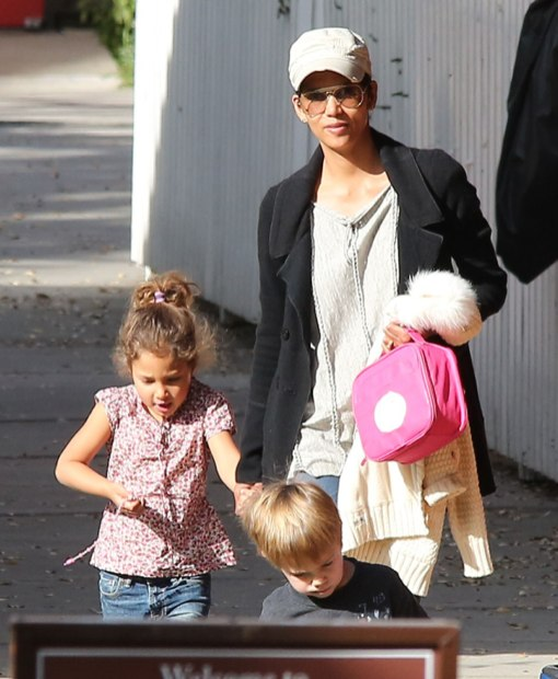 Halle Berry Picks Up Nahla From School