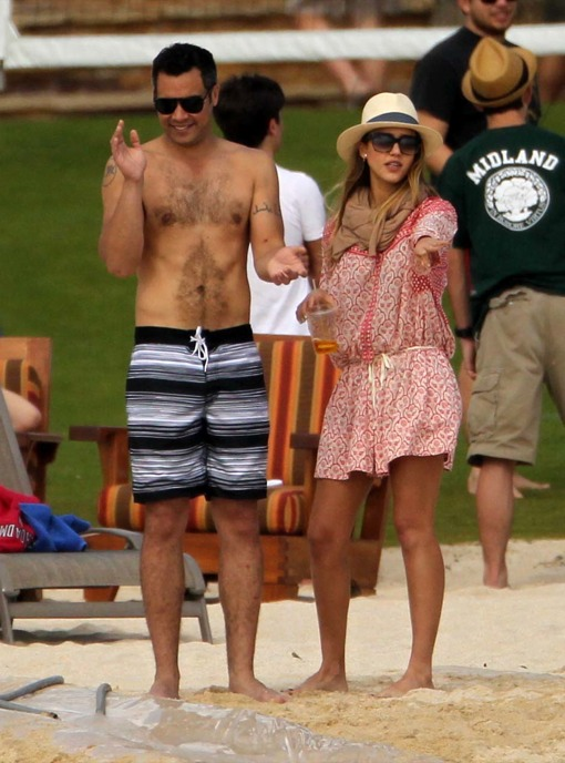 Exclusive Another Day On The Beach For Hot Hollywood