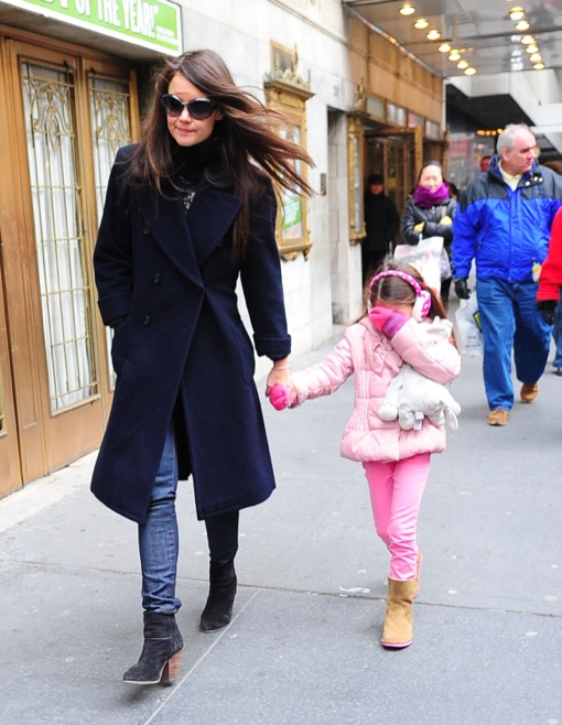 Katie Holmes Takes a Camera Shy Suri To Work