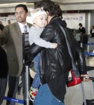 Orlando, Miranda & Flynn Catch A Flight Out Of LAX Airport
