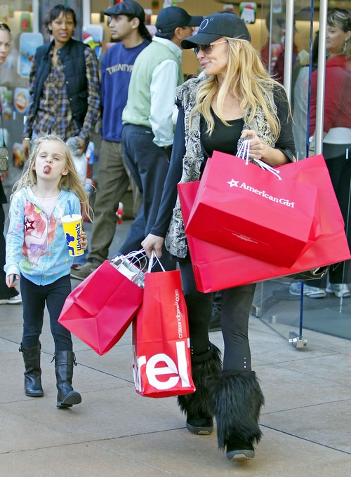 Taylor Armstrong Accused of Pawning Her Daughter Off On Anyone with Kids