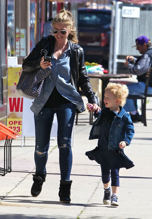 Rebecca Gayheart & Eric Dane Take Daughter Billie Birthday Shopping