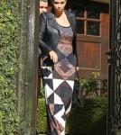 FFN_Kardashian_Girls_PRVM_022713_51025590 (429 x 600)