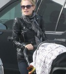 Exclusive... Anna Paquin Takes Her Twins Costume Shopping