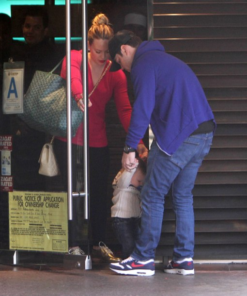 Hilary Duff And Family Out For Lunch In Sherman Oaks